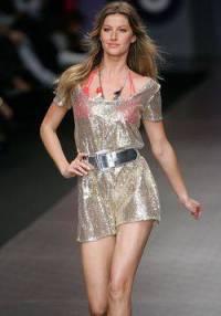 Kto je tahle modelka? (náhled)