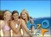 V seriálu h2o stačí přidat vodu jsou 3 hlavní hrdinky a to? (náhled)