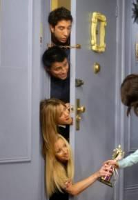 Proč přišli pozdě na díkuvzdání Phoebe a Rachel? (náhled)