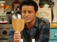 Jaká je Joeyho fráze na balení holek ? (náhled)