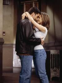 Jak se jmenuje tato seriálová postava a její životní láska? (Přátelé) (náhled)