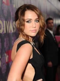Akej farby oči ma Miley? (náhled)