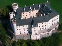Obrázek č. 5 Jak se jmenuje hrad-zámek na obrázku? (náhled)