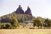 Kdo by neznal Pannu a Babu, neboli zříceni hradu Trosky, který vznikal (pravděpodobně) v letech 1380 - 1390. Kdo s jeho stavbou v těchto letech započal? (náhled)