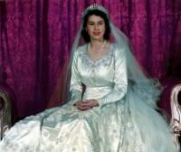 Čím se proslavila nevěsta z fotografie č.9? (náhled)
