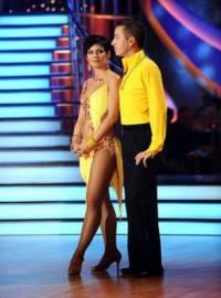 Jaký tanec zatančil soutěžní pár na fotografii č.4 v tomto oblečení? (náhled)