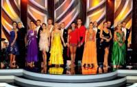 Na obrázku č.8 jsou účastníci taneční soutěže SD v roce: (náhled)