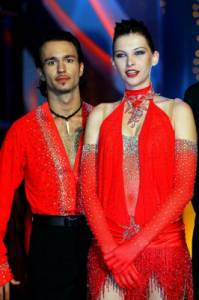 Na obrázku č.15 je taneční pár: (náhled)