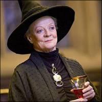 Profesorka McGonagallová je zvěromág, proměňuje se v .... (náhled)