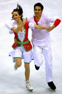 Taneční pár na fotografii č.10 tvoří krasobruslaři: (náhled)