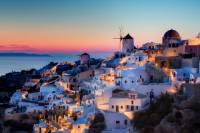 Letovisko, které vidíte na fotografii, se nachází na řeckém ostrově: (náhled)