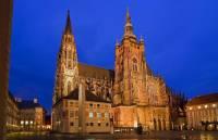 Na obrázku č.1 je katedrála: (náhled)