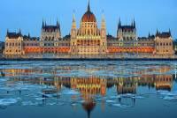 Která historická stavba je na fotografii č.3? (náhled)