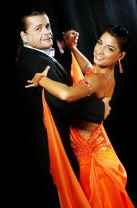 Na obrázku č.19 vidíte taneční pár: (náhled)