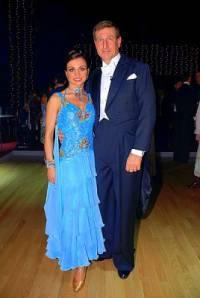 Na fotografii č.3 je taneční pár: (náhled)