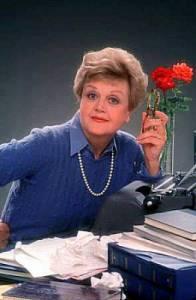 Dívá se na vás z obrázku č.14 amatérská detektivka slečna Marplová ze stejnojmenného seriálu? (náhled)