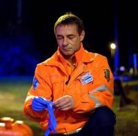 """Na fotografii č.15 je ředitel Zdravotnické záchranné služby MUDr. Jan Kaderka ze seriálu """"Sanitka 2"""". (náhled)"""