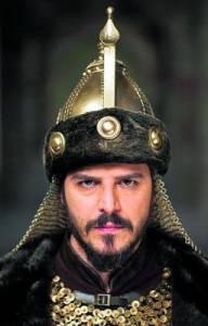 """Dívá se na vás z fotografie č.17 sultán Süleyman ze seriálu """"Velkolepé století""""/""""Sultán"""" ? (náhled)"""