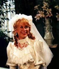 """Je nevěsta na fotografii č.22 budoucí manželka Karla Hašlera, klavírní virtuoska Zdena Frimlová ze seriálu """"Pražský písničkář"""" ? (náhled)"""