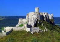 Který slovenský hrad na obrázku č.6 se řadí ke světovým památkám UNESCO? (náhled)