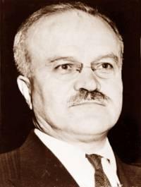 """Jaký Stalinův spolupracovník měl přezdívku """"Stalinovo kladivo""""? (náhled)"""