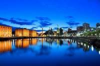 Které historické přístavní město zapsané na seznam UNESCO v r.2004 je na obrázku? (náhled)