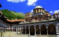 Který klášter zapsaný na seznamu UNESCO od r.1983 je na obrázku č.6? (náhled)