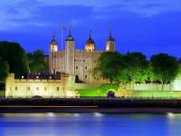 Jak se jmenuje opevněný hrad ve Velké Británii na fotografii č.2, který byl na seznam UNESCO zapsán v r.1988? (náhled)