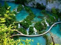 Jak se jmenuje přírodní skvost zapsaný na seznamu UNESCO na fotografii č.5? (náhled)