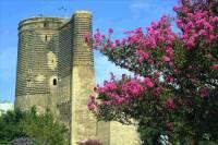 Jak se jmenuje památka na fotografii č.14 zapsána na seznam UNESCO v r.2000? (náhled)