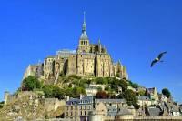 Který hrad/klášter zapsaný na seznamu UNESCO od r.1979 je na obrázku č.3? (náhled)