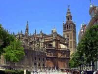Na seznamu světového dědictví UNESCO je i několik španělských měst. Které španělské historické město je na obrázku? (náhled)