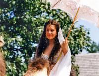Princezna na obrázku č.3 se jmenuje: (náhled)