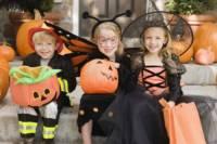 Krátká koleda, již děti říkají při Halloweenském koledování zní... (náhled)
