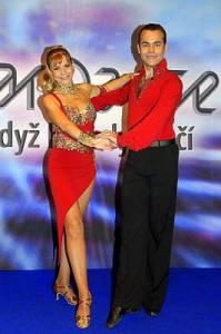 Jaký taneční pár je na fotografii č.16? (náhled)