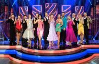 Na fotografii č.4 jsou účastníci taneční soutěže SD v roce: (náhled)