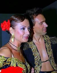 Ve kterém roce tvořili spolu tanečníci na fotografii č.5 soutěžní taneční pár ve SD? (náhled)