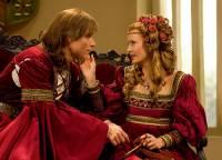 """Jsou na fotografii č.11 král Michal a princezna Anna z filmové pohádky """"Král Drozdí brada""""? (náhled)"""