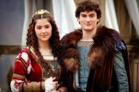 """Jsou na obrázku č.13 princ Matěj a princezna Beatrix z filmové pohádky """"Láska na vlásku""""? (náhled)"""