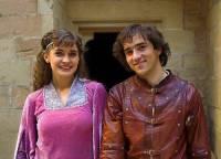 "Jsou na obrázku č.16 princ Petr a princezna Lenka z filmové pohádky ""Škola princů""? (náhled)"