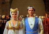 "Jsou na obrázku č.7 princezna Maruška a Solný princ z filmové pohádky ""Sůl nad zlato""? (náhled)"