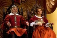 """Jsou na fotografii č.8 král Dobromil a královna Kristýna z filmové pohádky """"Kouzla králů""""? (náhled)"""