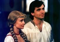 """Jsou na obrázku č.14 statečný mládenec Libor a jeho vyvolená dívka Čekanka z pohádky """"Zakletý vrch""""? (náhled)"""