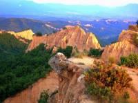 Jak se jmenuje pohoří na fotografii č.13? (náhled)
