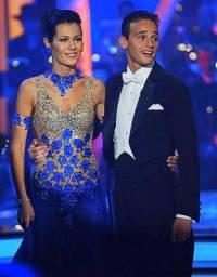 Na obrázku č.11 je taneční pár: (náhled)