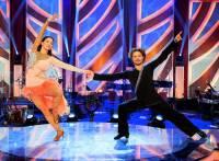 Jaký taneční pár je na fotografii č.10? (náhled)