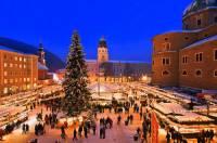 Ve kterém městě se pořádají vánoční trhy na fotografii č.12? (náhled)
