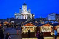 Na obrázku č.15 jsou vánoční trhy ve městě: (náhled)