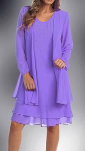 Jaký odstín fialové barvy mají šaty na obrázku č.13? (náhled)