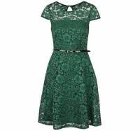 Který odstín zelené barvy mají krajkové šaty na fotografii č.22? (náhled)